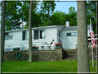 The Lakeside Cottage at the Finger Lakes